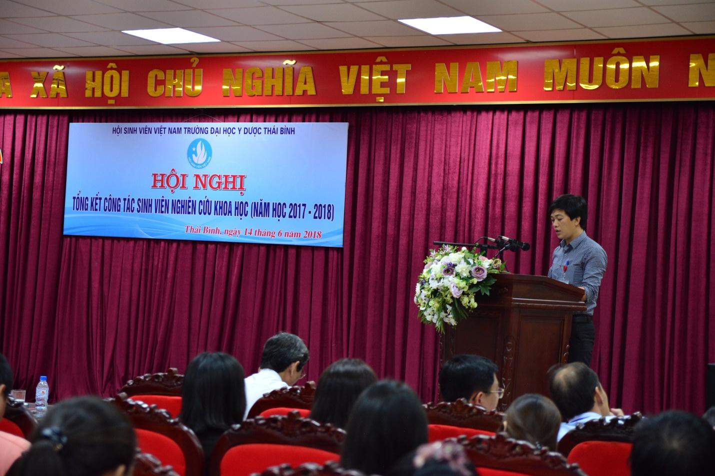 Đ/c Trịnh Thành Vinh phát biểu khai mạc Hội nghị